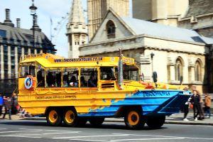 bus-amphibie