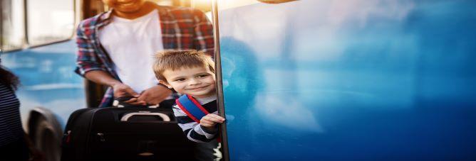 voyager en bus avec des enfants