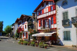 village-basque