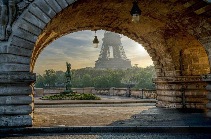visiter paris avec un chauffeur privé